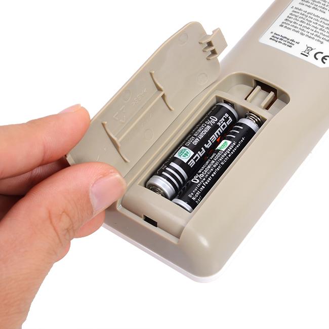 Điều hòa Daikin không nhận điều khiển cần kiểm tra pin đầu tiên
